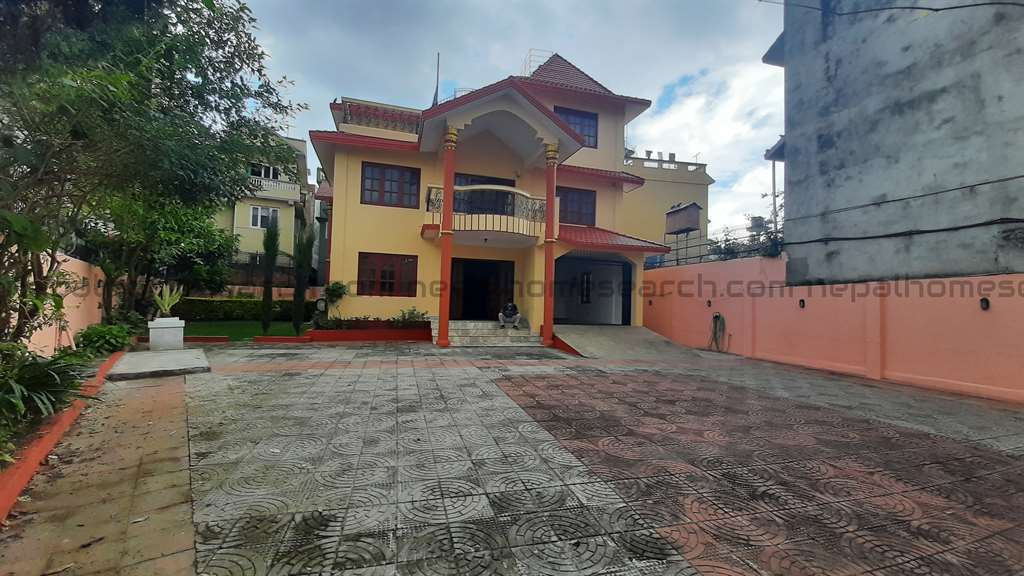 House for sale at Baluwatar built on 15 anna land-Sold