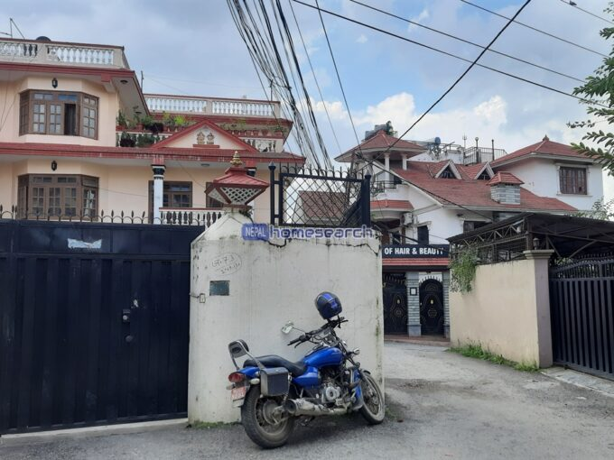 house for sale at Chandol